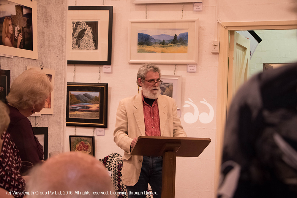 Roger Skinner, judge of photographic competition at the Arts and Crafts exhibition. Photographer: Amanda Gaffney-Ray.