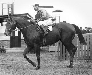 Armounis and jockey Harold Jones at the Futurity Stakes in 1930. Image sourced from wikipedia.
