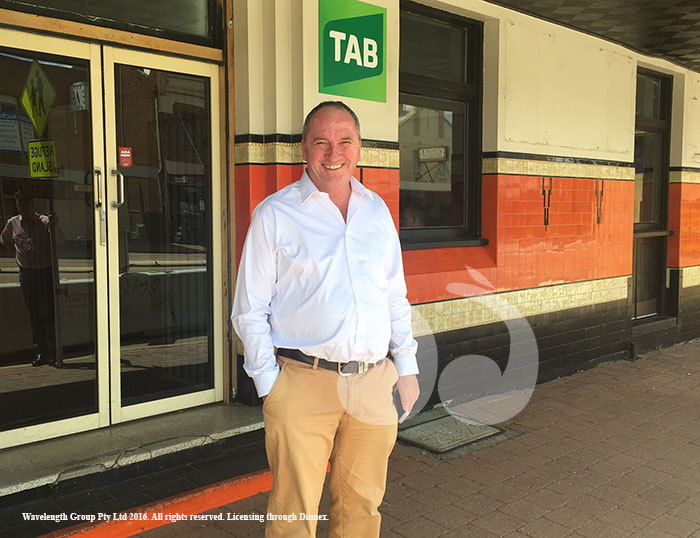 Barnaby Joyce on the campaign trail at the Willow Tree Hotel.